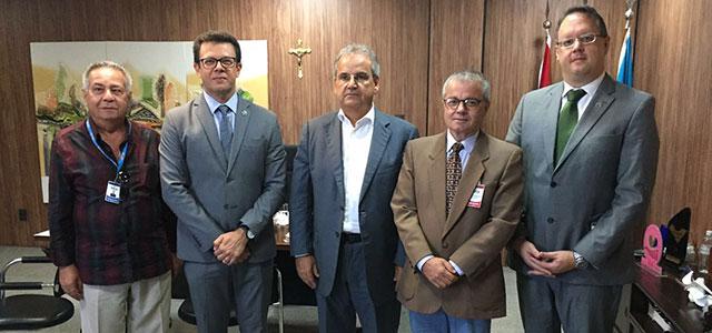 APE aprova iniciativa do TCE para realização de concursos