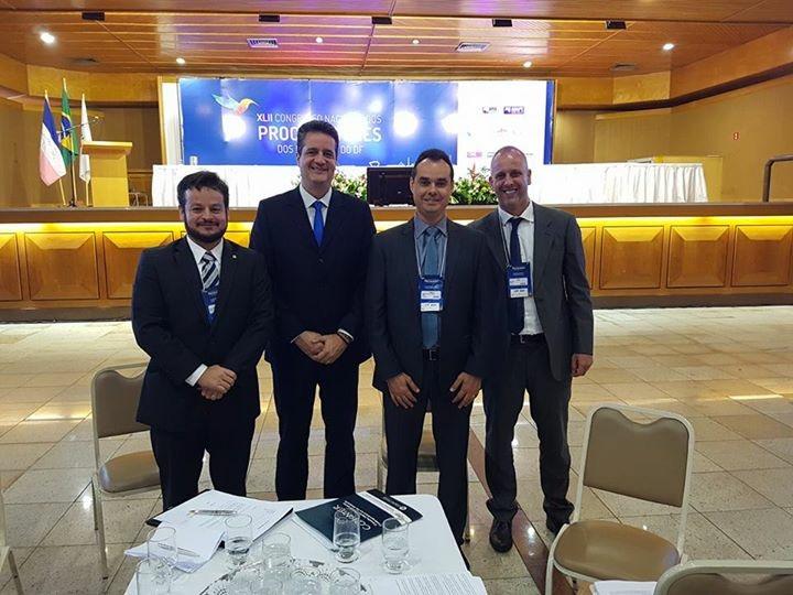 Associados à APE apresentam teses no Congresso Nacional de Procuradores