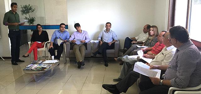 Associados discutem critérios de promoção da carreira