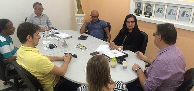 Nova diretoria realiza primeira reunião de trabalho