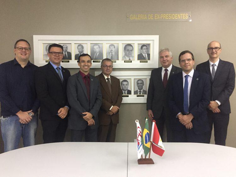 Roberto Mendes Filho entra na galeria de ex-presidentes da APE/AL
