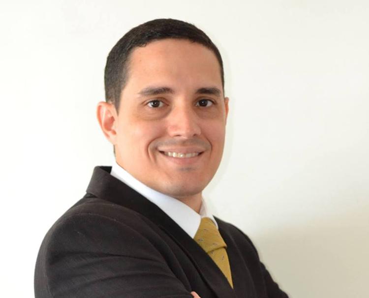 André Studart ministra curso de Direito Previdenciário em Alagoas