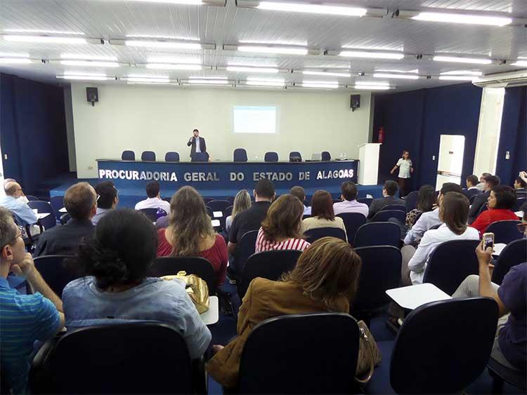 Curso sobre ICMS recebe alta aprovação
