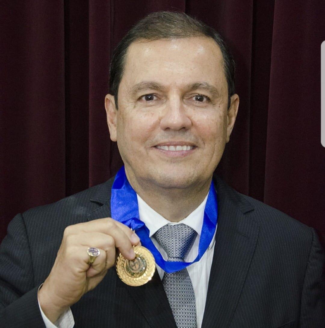 Procurador Arnaldo Paiva toma Posse como membro da Academia Alagoana de Letras